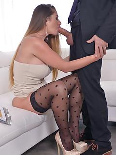 Blowjob nylon porn pictures