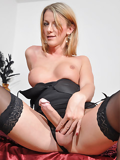 Shemale Nylon Porn