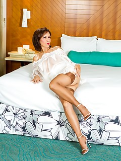 Hotwife Nylon Porn