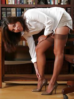 Perfect Stockings Nylon Porn