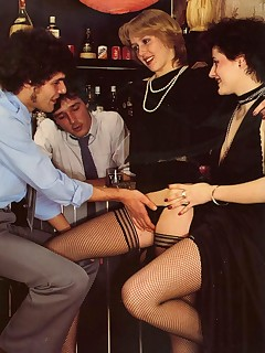 Vintage nylon porn pictures