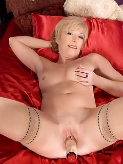 Mom Nylon Porn